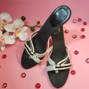 Gucci sandals with heel